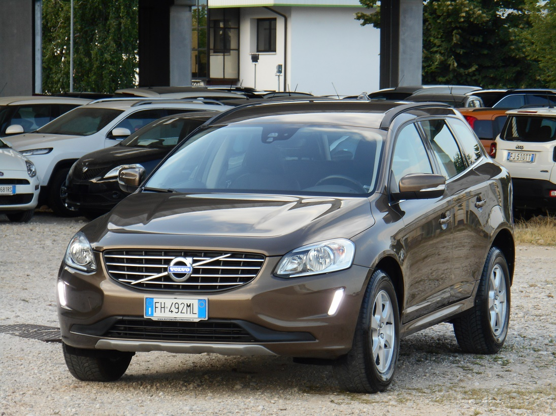 Volvo XC60 2400 D4 190CV Business Plus AWD Geartronic